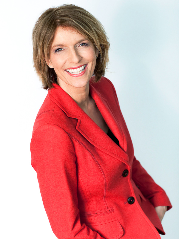 Dr. Susanne Holst
